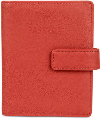 Kenneth Cole Reaction Deluxe Passport Wallet with RFID $36 thestylecure.com