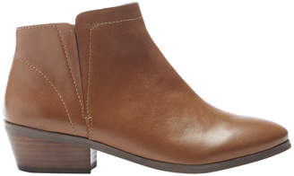 Gable Tan Boot