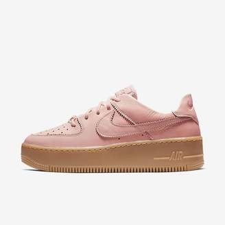 Nike Women's Shoe Force 1 Sage Low LX