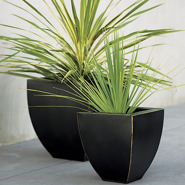 Bronze Small Tapered Planter.