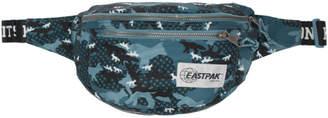 MAISON KITSUNÉ Blue Eastpack Edition Camouflage Bundel Belt Bag
