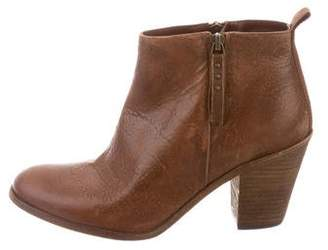 Hoss Intropia Round-Toe Leather Ankle Boots