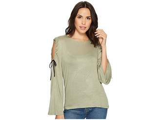 Bobeau B Collection by Yara Cold Shoulder T-Shirt Women's T Shirt