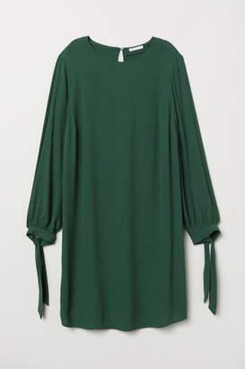 H&M MAMA Viscose Dress - Green