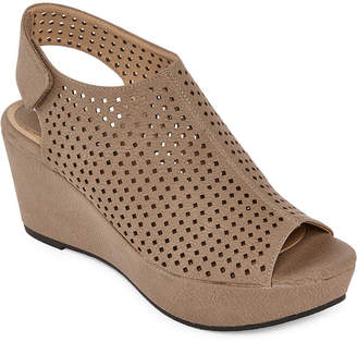 CL BY LAUNDRY CL by Laundry Womens Distance Wedge Sandals