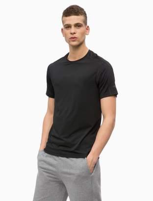 Calvin Klein tech mesh logo crewneck t-shirt