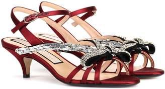 N°21 Satin kitten-heel sandals