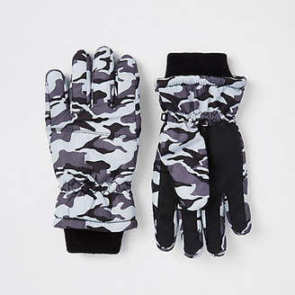 River Island Boys grey camo gloves