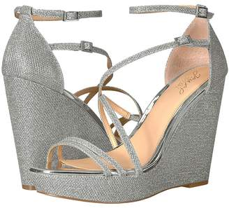 Badgley Mischka Tatsu Women's Shoes