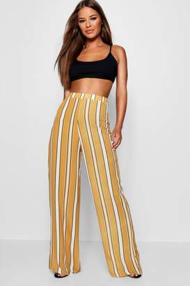 boohoo Petite Stripe Woven Wide Leg Trouser