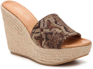 Charles David Darla Wedge Sandal - Women's