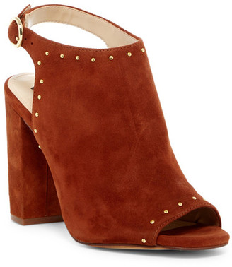 Jones New York Jo Block Heel Sandal $129 thestylecure.com