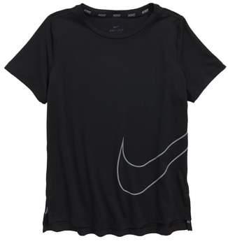 Nike Utility Logo Dry Graphic T-Shirt