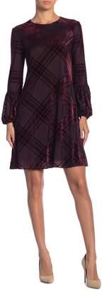 Taylor Plaid Burnout Baloon Sleeve Dress