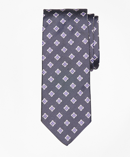 Brooks Brothers  Four-Petal Medallion Tie