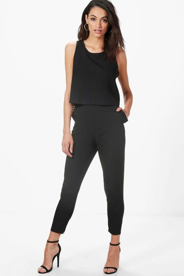 Boohoo Rebecca Frill Pocket Tapered Woven Tailored Trouser
