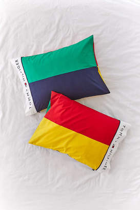 Tommy Hilfiger UO Exclusive Colorblock Pillowcase Set