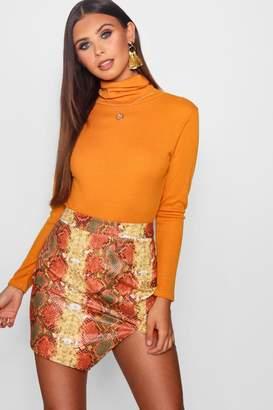 boohoo Petite Turtleneck Knitted Bodysuit