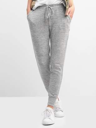 Gap Softspun knit joggers