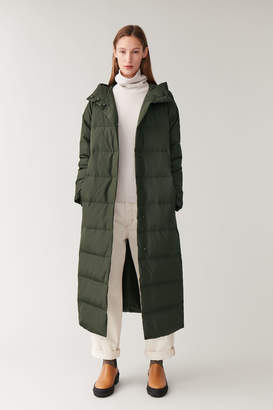 Cos HOODED LONG PUFFER COAT