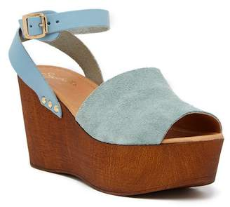 Seychelles Forward Platform Wedge Sandal