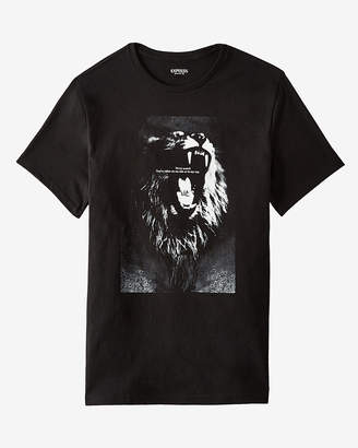 Express Never Scared Lion Graphic Tee