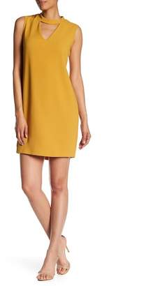 Bobeau Keyhole Crepe Dress