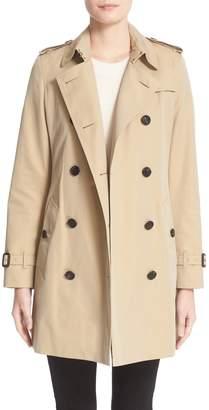 Burberry Kensington Mid Trench Coat
