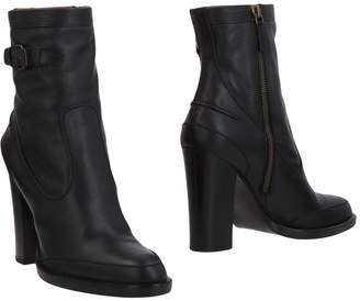 Veronique Branquinho Ankle boots - Item 11464054RX