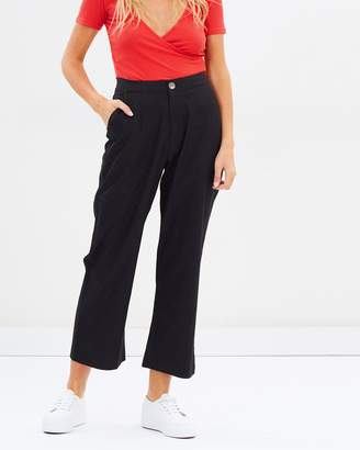 Atmos & Here ICONIC EXCLUSIVE - Linen Blend Cropped Pants