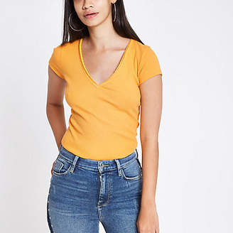 River Island Yellow ribbed V neck fitted T-shirt