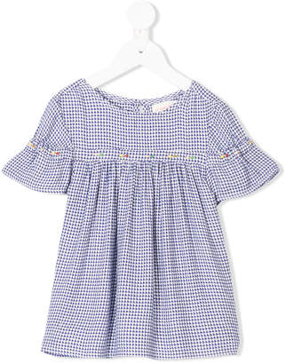 Simple shortsleeved gingham blouse