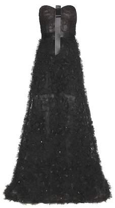 Oscar de la Renta Ruffled tulle gown