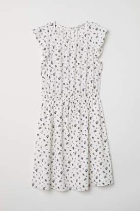 H&M Flounce-sleeved Dress - White
