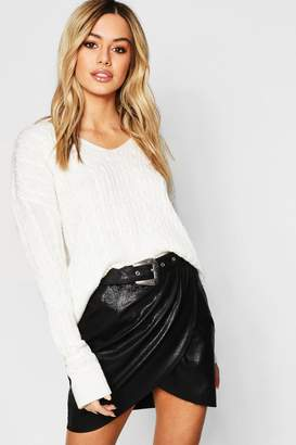 boohoo Petite Cable Knit V Neck Sweater