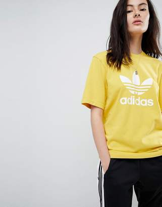 adidas adicolor Trefoil Oversized T-Shirt In Yellow