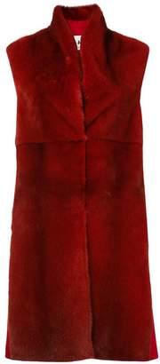 Manzoni 24 sleeveless fur coat