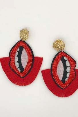 Yipsy Sead Lip Earrings