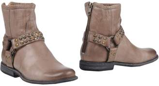 Frye Ankle boots - Item 11445820IE