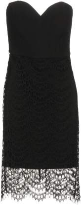 Molly Bracken Knee-length dresses