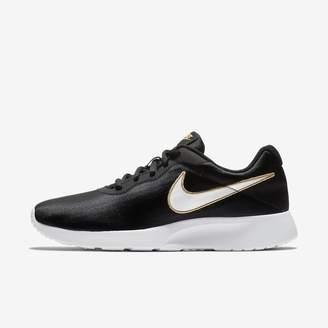 Nike Tanjun SE Women's Shoe