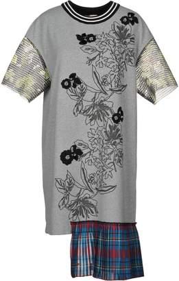 I'M Isola Marras Knee-length dresses