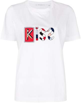 Parker Chinti & Kiss T-shirt