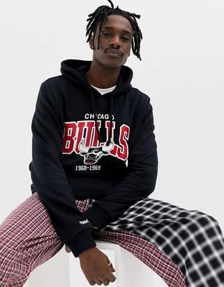 Mitchell & Ness Chicago Bulls hoodie in black