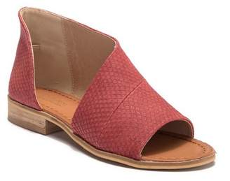 Catherine Malandrino Theorie Slip-On Sandal
