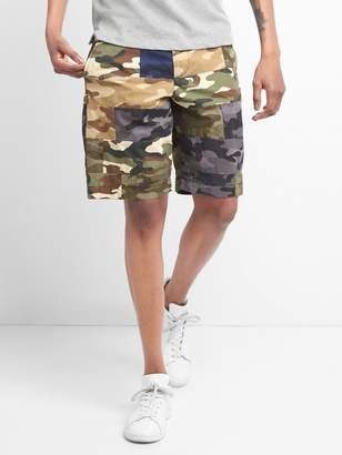 """Gap 10"""" Vintage Wash Shorts with Camo Patchwork"""