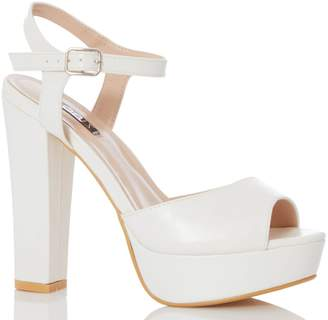 b3caf107a5dc Dorothy Perkins Womens  Quiz White Block Heel Sandals