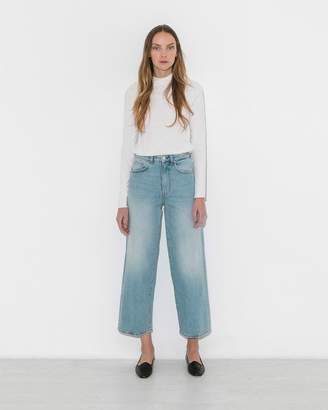 Totême Light Blue Flair Jeans