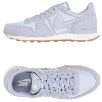 Nike INTERNATIONALIST Low-tops & sneakers
