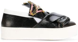 No.21 embellished folded detail sneakers